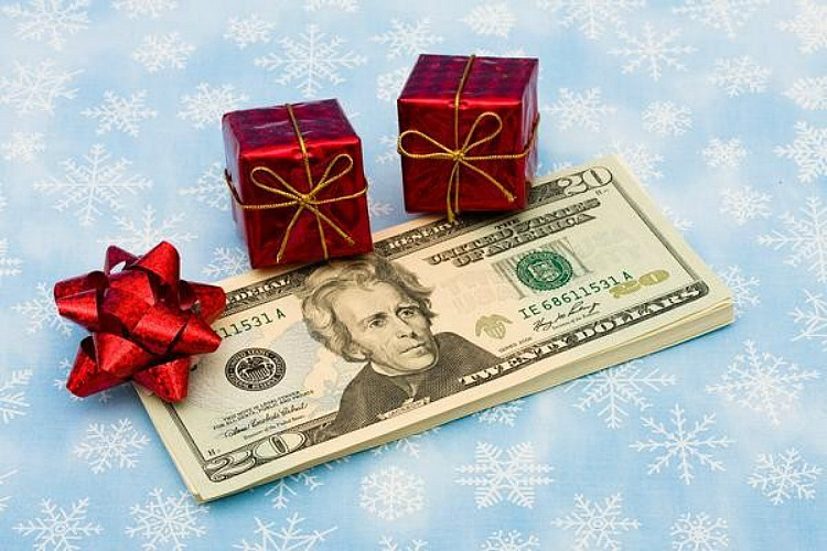 savemoneyatchristmas-e1383699865431