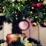 Enter the Christmas Spirit with Little Money Effort