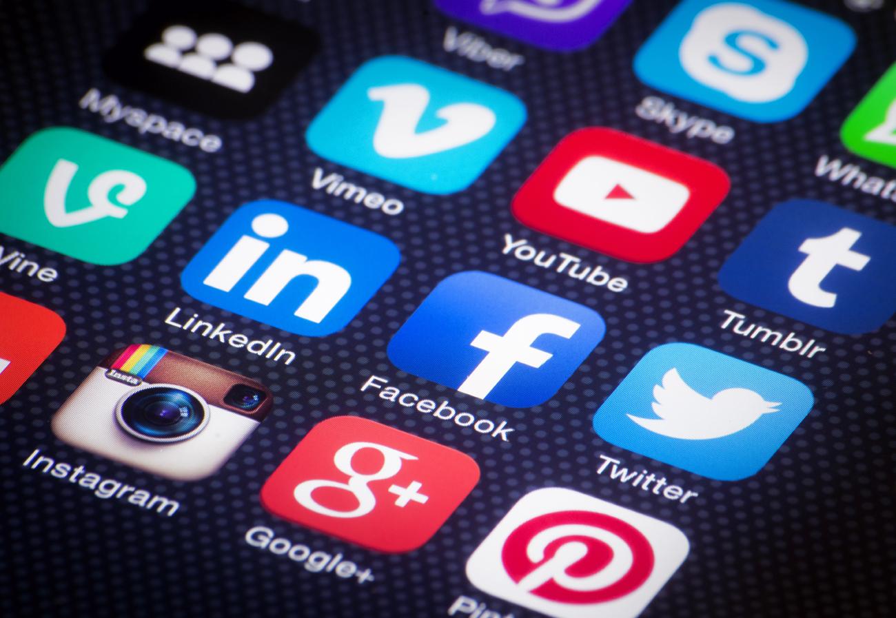 social-media-shutterstock_186292982