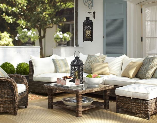 outdoor-seating-pottery-barn