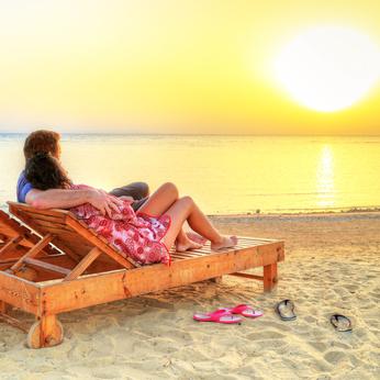 save money on honeymoon
