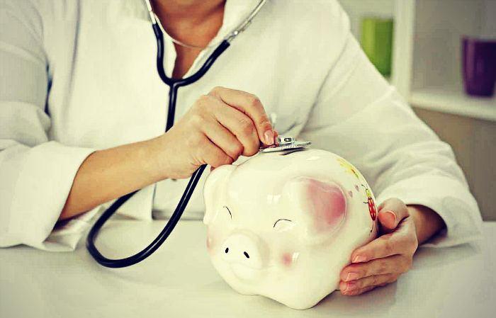 Saving Money With Senior Healthcare