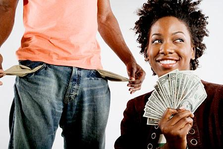 woman-man-money-bills-cash