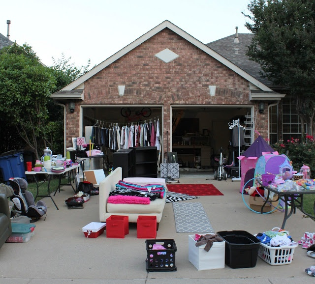 how to get ready for your own yard sale makemoneyinlife com
